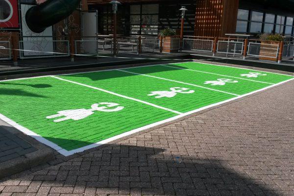 Parkeerplaatsen & -Garages4