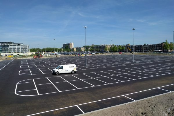 Parkeerplaatsen & -Garages6